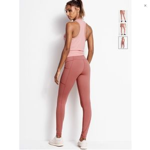 ❤️Knockout By Victoria Sport Pocket Tight❤️